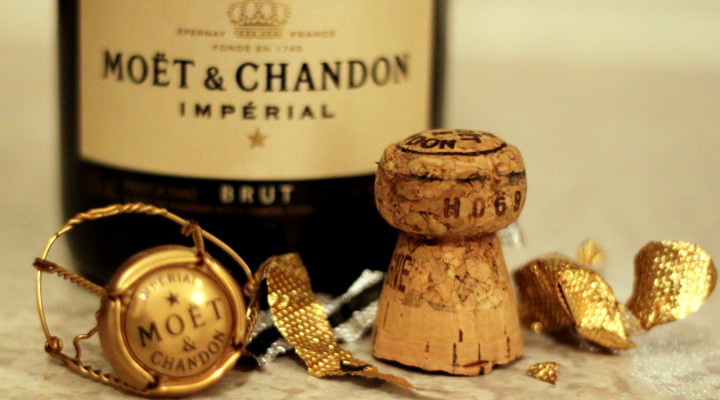 5 Ways You're Drinking Champagne Wrong at Home